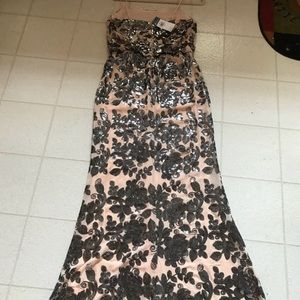 Dresses - New Evening Gown/Prom Dress